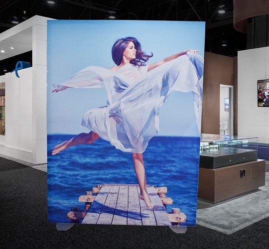 5 Tips for Creating Attention-Grabbing Digital Signage Solutions